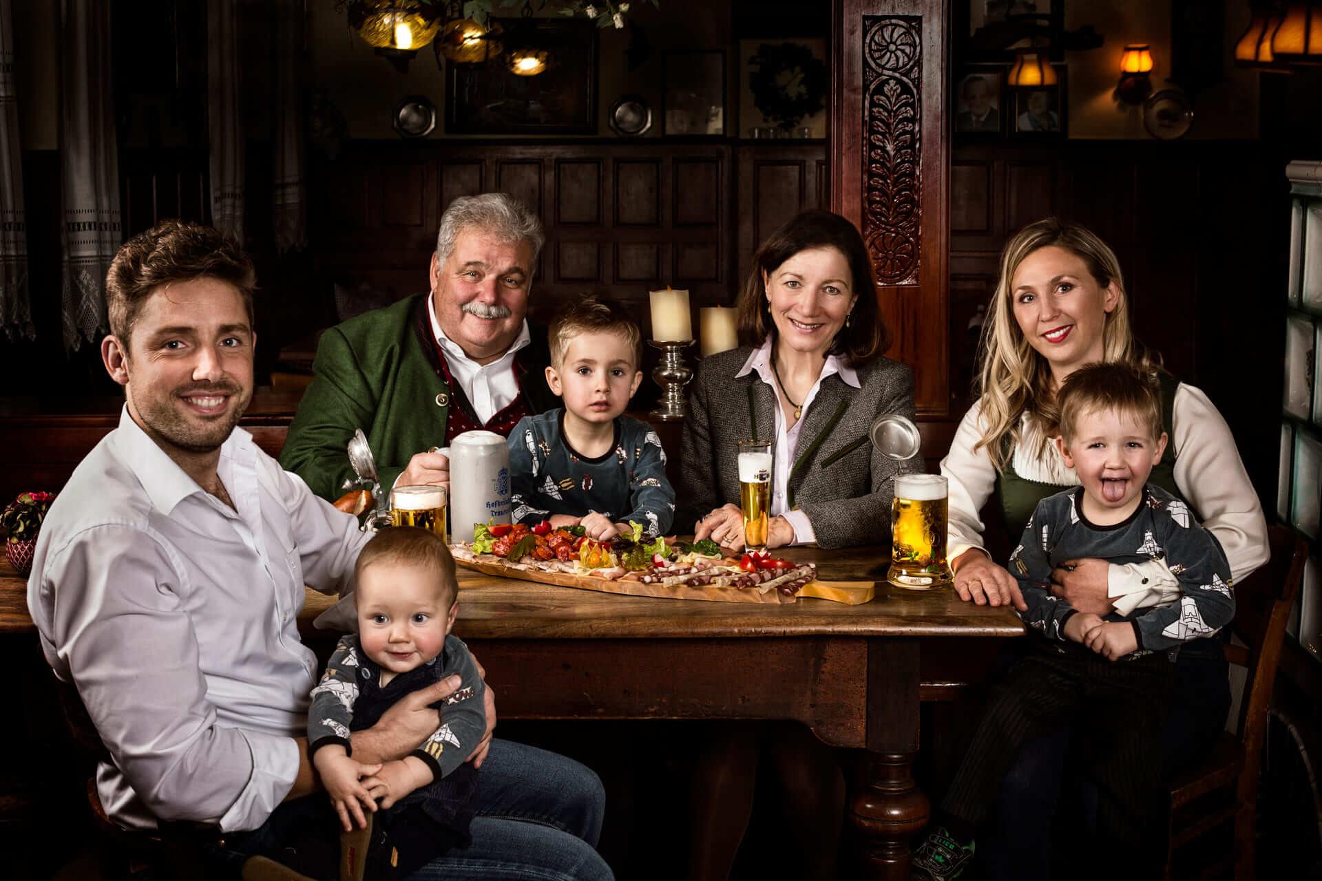 HB_Traunstein_Familienbild_Kammer_Lorenz_Zunge